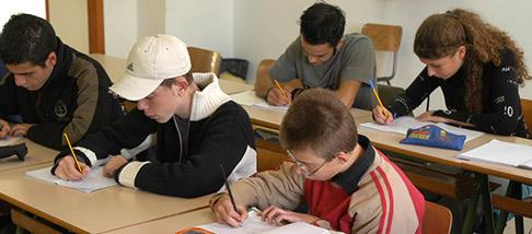 istruzione-scuole-scuola-013